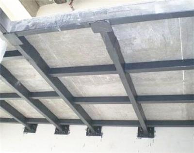 成都嘉年华-钢结构夹层