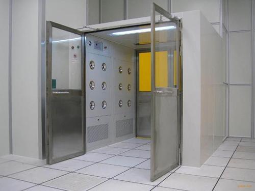 新疆风淋室对食品厂的净化车间的作用有哪些你知道吗?