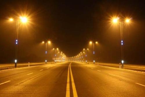 新疆道路照明之未来发展离不开太阳能路灯