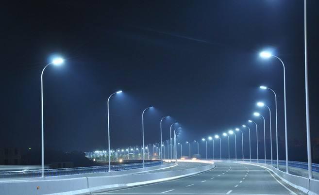 阴雨天新疆LED灯具怎么样工作